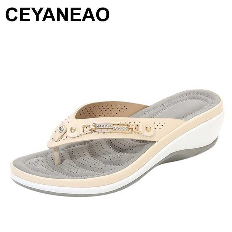 diapositives bouton métal des femmes CEYANEAO2020 chaussures sandales compensées herringbone les femmes semelle en caoutchouc talon compensé confortable