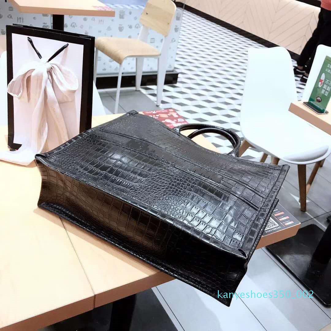 Nouveau PU cuir lettres Portable sacs de shopping concepteur de marque sac à main de luxe Fashion Star Sac Femmes Sacs à main PARIS livre fourre-tout D 42 * 30cm K02