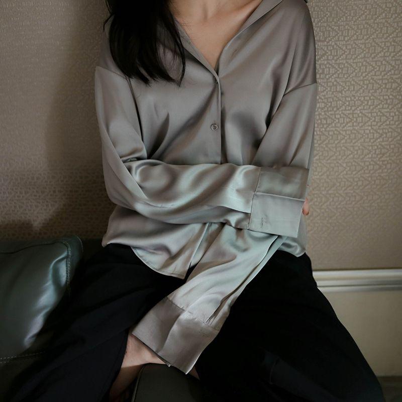 2020 otoño nuevo sol a prueba de satén nicho de estilo coreano satinado elegante chaqueta de punto flojo de seda-como top de la camisa de seda de las mujeres WQ7Ja