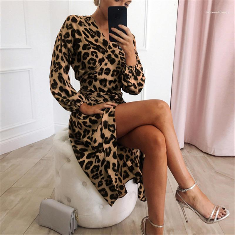 Vestido Leopard Vestido 2020 Mulheres Chiffon Long Beach vestido solto manga comprida V profundo Neck Uma Parte Linha Sexy