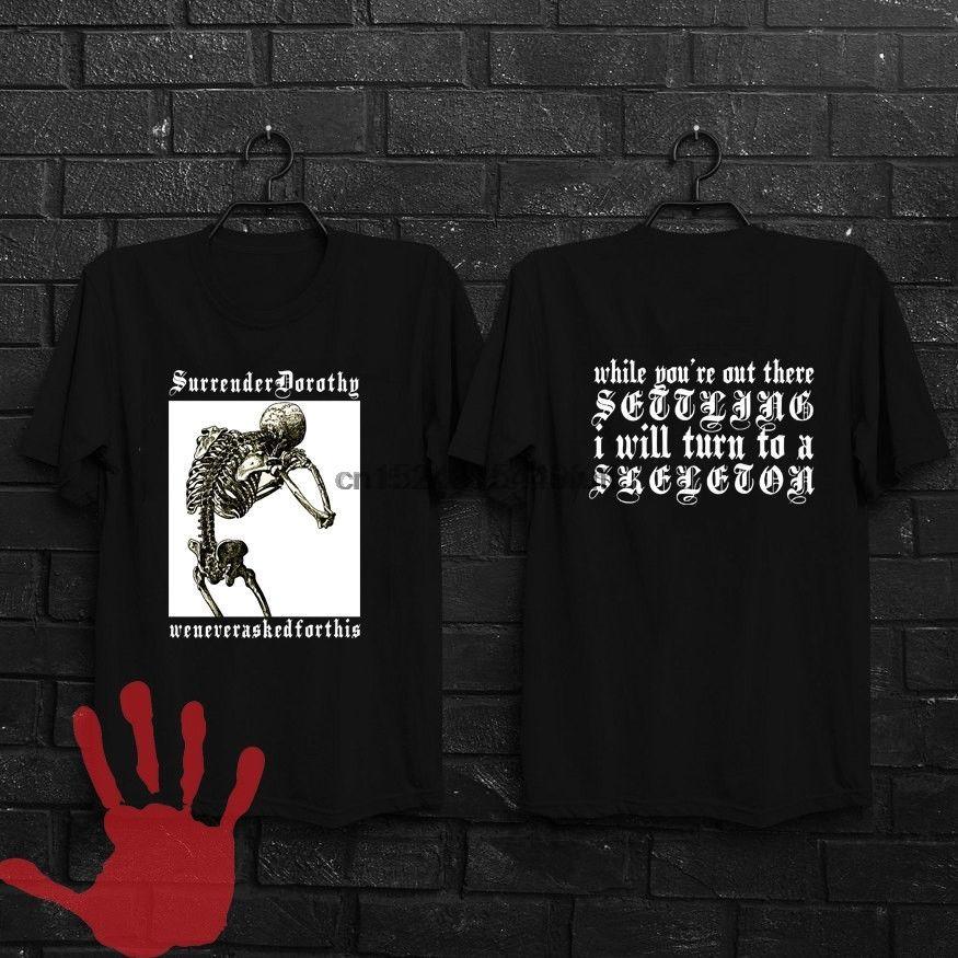 Официальных Кости команды Сеш Surrender Dorothy Shirt Black Перепечатка