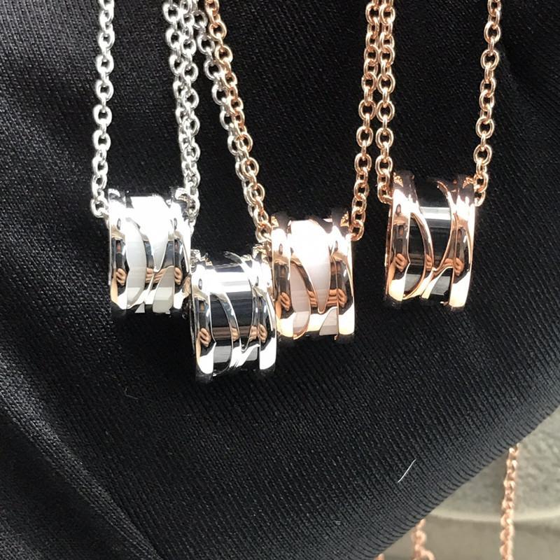 New Luxury Designer Seiko Couple Céramique Collier simple acier de titane sauvage chaîne creuse en céramique clavicule femmes et des bijoux pour hommes