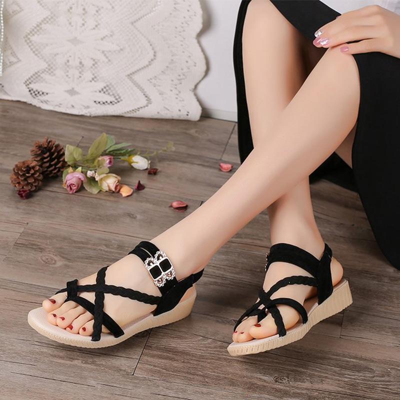 Femmes Sandales clip Toe Cross Ladies flip flop Bracelet Femme Boucle plat Chaussures Femme Platform Wedges été Sandalias mujer