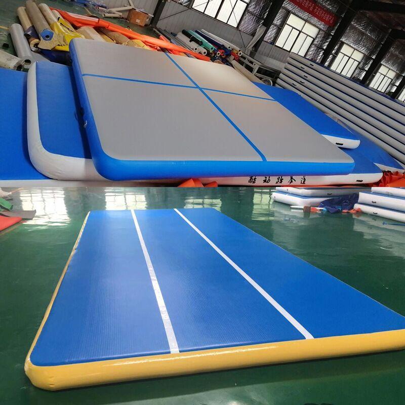 Livraison gratuite 6x6X0.2m géant Big Size Cheerleading Gym Mat Air plancher gonflable Air Tumble piste Vente Logo Impression gratuite