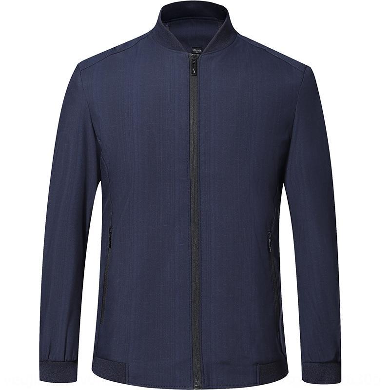 Обратите внимание на 2020 осень новый мужской пиджак классический темный рисунок мужской стенд воротник куртки случайные папа пальто LaNWC