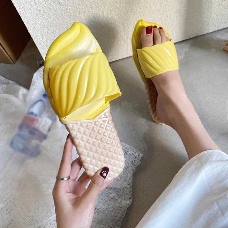Mulheres Chinelos Sapatos casuais bonito doces Mulher cor lisa Praia EVA antiderrapante macias interior Sapatos Ladies Slides fêmeas Comfort 2020