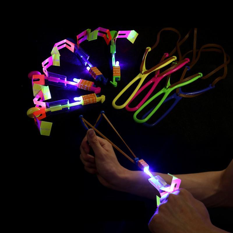 Декомпрессионная игрушка бамбуковая стрекоза с легкой стрельбой ракета летающая парашютное небо UFO открытый ночной игровые игрушки для с светодиодным катапультом