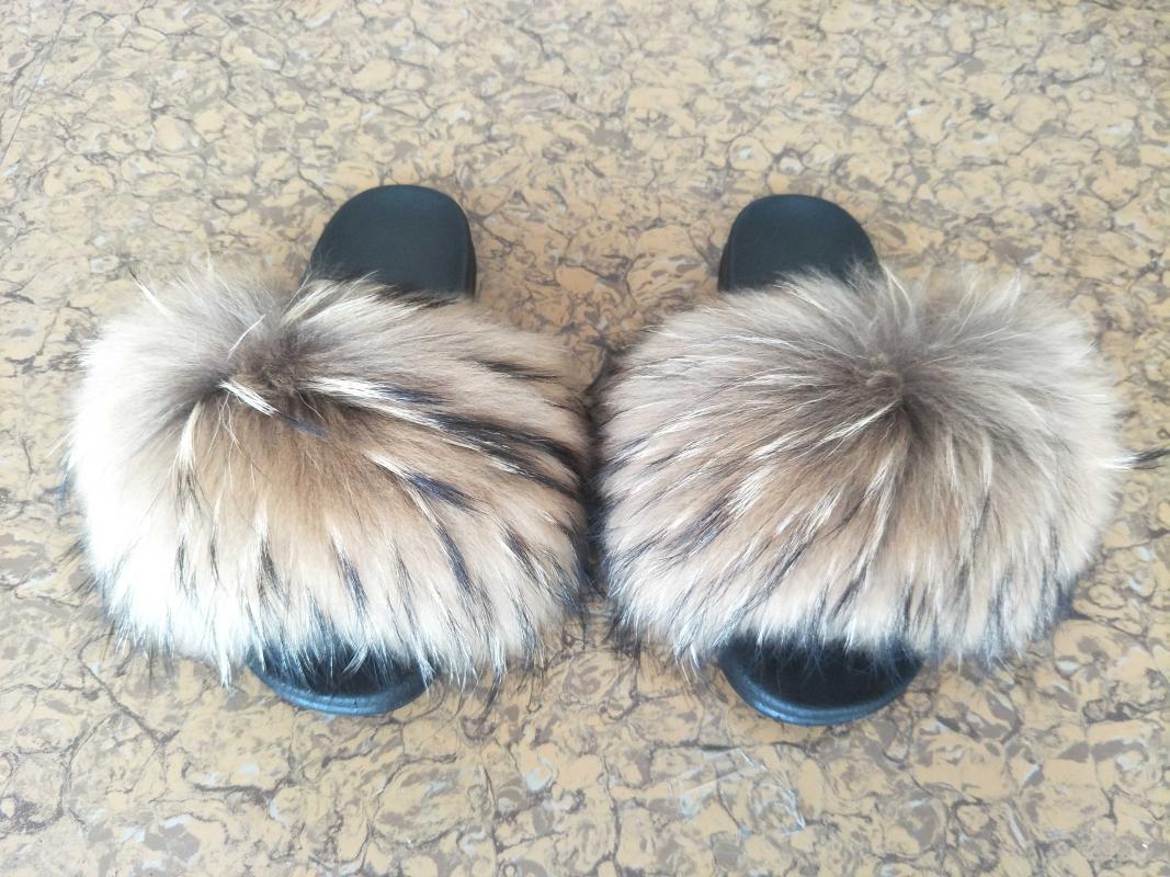 2020 vendas diretas a Europa e os chinelos de pele de grandes dimensões mulheres pele de Verão Estados Unidos Swee sapatos baixos felpudos e macios