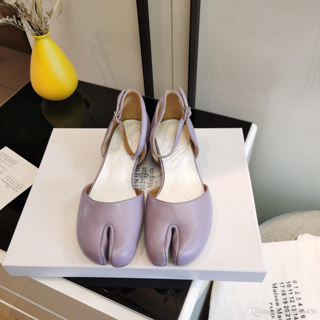 Designer Damen Sandalen Luxus Lila Split Finger hohle runde Kopf mittlere Ferse Sandelholz-Qualität mit Kasten Größe 35-40