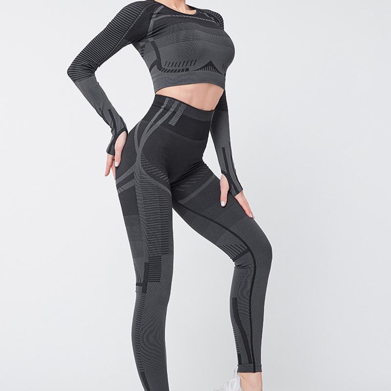 Yoga Kıyafetler Set Dikişsiz Topluluk Seksi Başparmak Delik Spor Takım Elbise Kadın Spor Fitness Egzersiz Spor Giyim Koşu Giyim Eşofman
