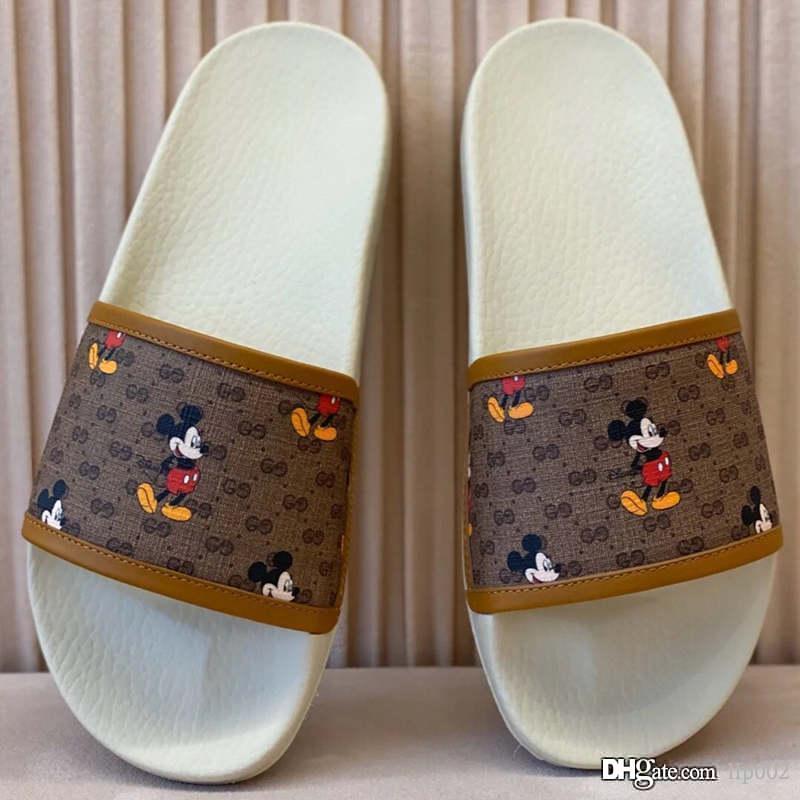 Yeni sıcak satış kadınlar rahat terlik moda düz sandaletler lüks tasarımcı ayakkabı yüksek kalitede moda defile 35-40m