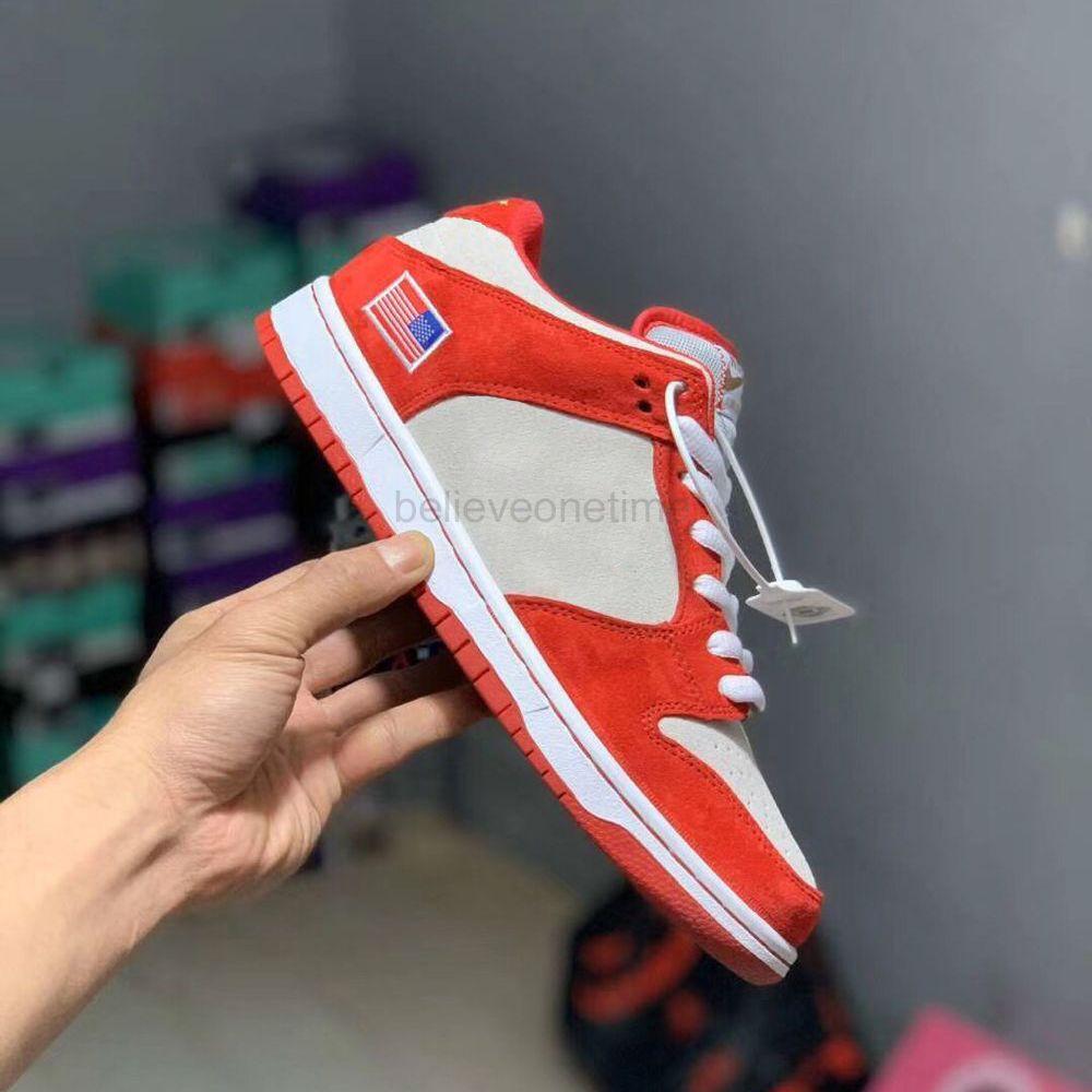 SB Dunk Low blanco gris de 2020 mujeres de los hombres zapatos para correr muchachos desagradables Brasil Universidad Red Champ Diseñador Formadores zapatillas de deporte con la caja