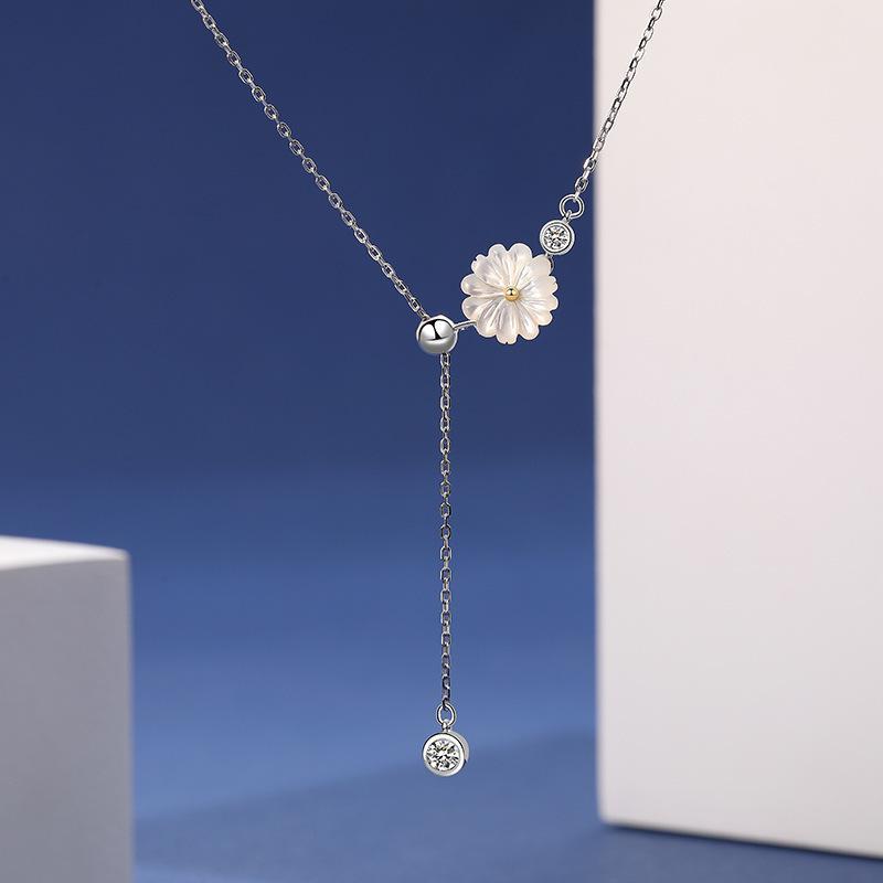 S925 الاسترليني الفضة والمجوهرات بالجملة 2020 الجديدة زهرة الزركون المرأة اليومي قلادة كشك بيع الساخن