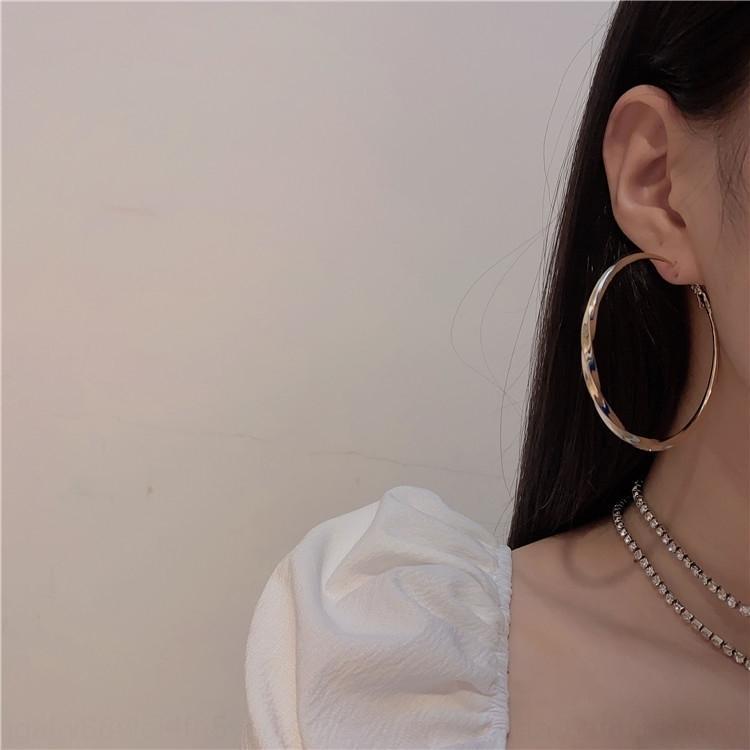 stile alla moda internet metallo grande orecchio anello coreano semplice elegante Nuovi orecchini celebrità luminoso e orecchini discoteca bungee BqvIv