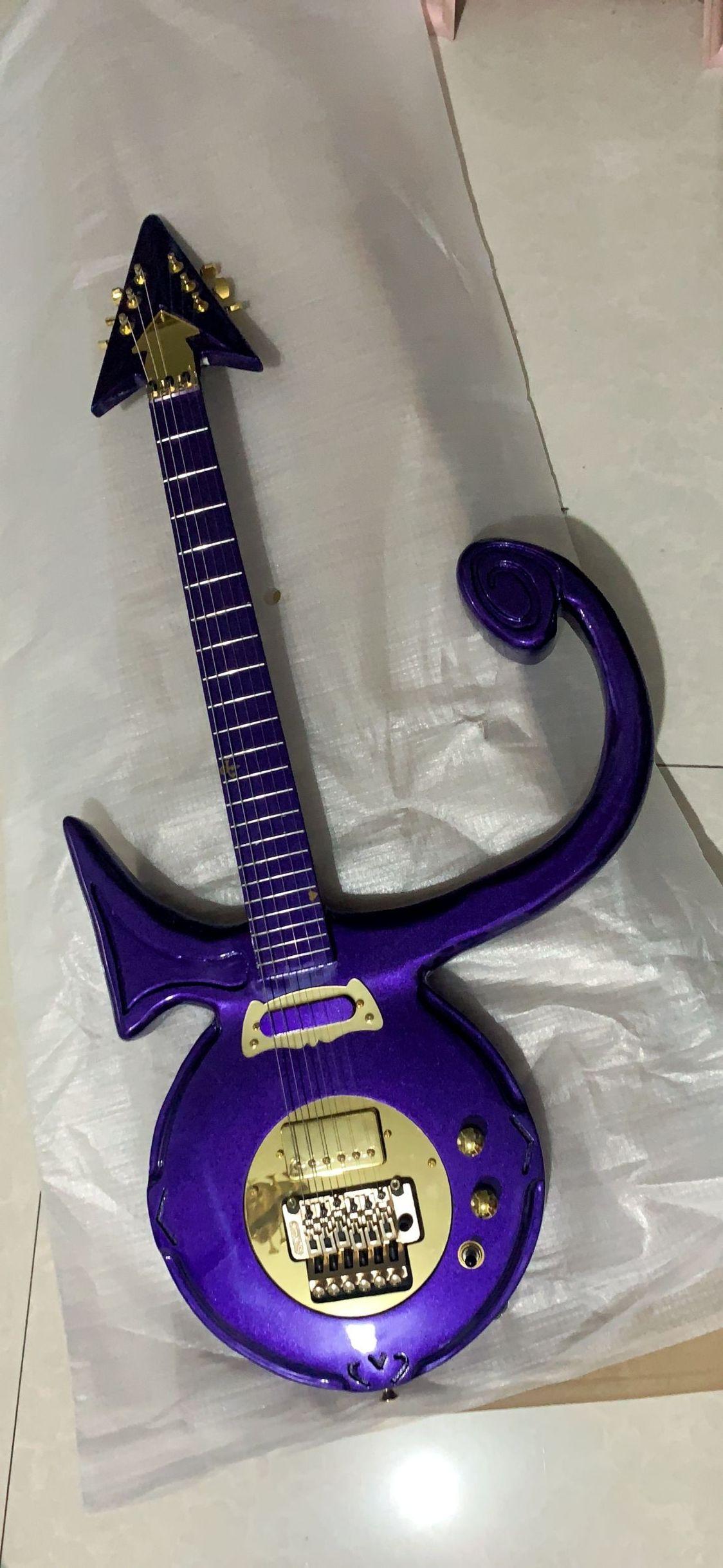 Symbole personnalisé Résumé Purple Rain Guitar Violet métallisé avec Headstock encastré or Grovers assortis Guitare électrique