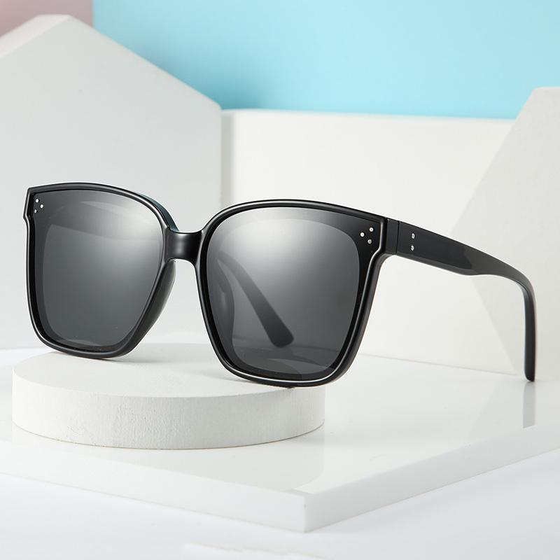 Unisex Oversize Güneş Erkekler Kare Gözlükler Kadınlar Açık Gözlükler Shades óculos Gafas 20236DF için One Piece Eyewaer