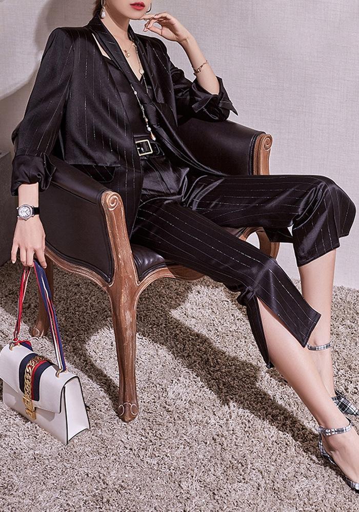 aB8NE niche conception lumineuse sangle poison soie Manteau maison Domicile manteau costume rayé noir pour les femmes 2020 d'été