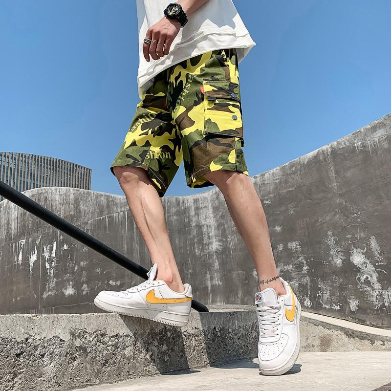 Plus size Camouflage Cargo Pantaloncini da uomo Summer Knee-lunghezza Pantaloncini casual allentati maschili brevi pantaloni da uomo