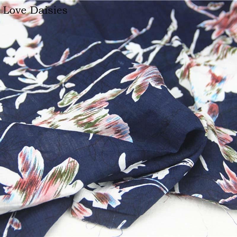 Хлопок / вискоза темно-синий Большой Magnolia Белые цветы Цветочные ткани Тонкие мягкие Нежные для лета одежда Блуза Dr ручной