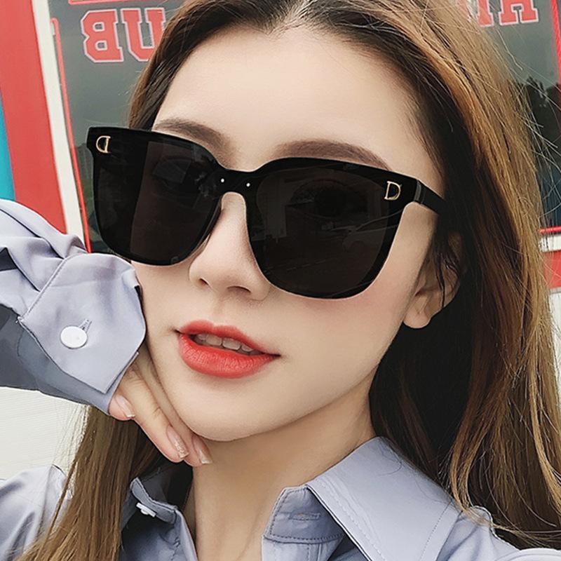 Donne Brand Top Piatto Eyewear Vintage Sunglasses Occhiali da sole Occhiali da sole Occhiali Occhiali Oversized Square Frame Signore Designer Designer QIMRV