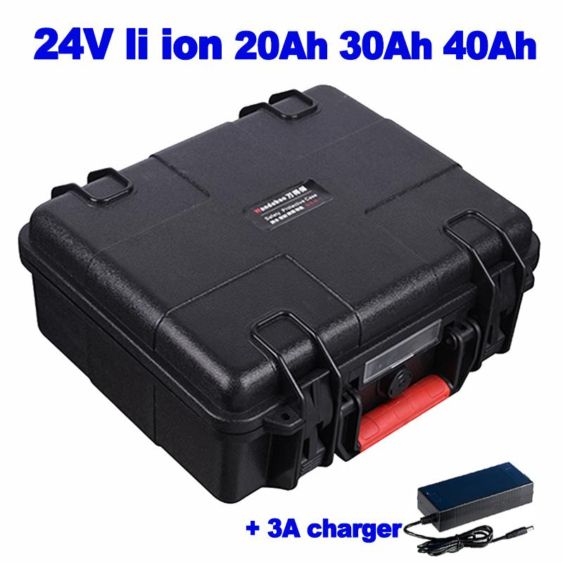 Литий-ионный 24v 20Ah 30Ah 40Ah Аккумулятор Встроенный в 30а BMS ОХОТА лампы солнечного оборудования мониторинга уличного AGV + 3A зарядное устройство