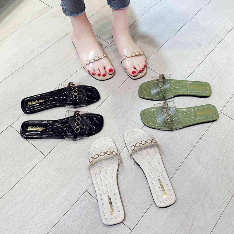 Hausschuhe Frauen 2020 Sommer flachen Boden transparente Metall runden Schnalle verzieren Verschleiß nicht verrutschen Rundum-Damenschuhe