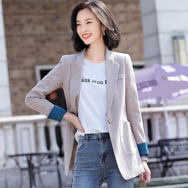 El pequeño juego para las mujeres de Corea del otoño y del invierno de la chaqueta del estilo 2020 nuevo y elegante de ajuste estrecho y delgado en busca de celebridades línea de la pequeña chaqueta del juego ZYY