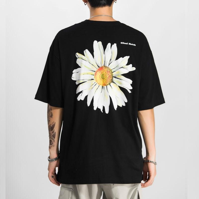 Erkek T-Shirt Harajuku Daisy Çiçek Baskı Tişörtleri Rahat Streetwear Kısa Kollu Tops Tees Erkekler Hip Hop Moda Yaz T Shirt Erkek