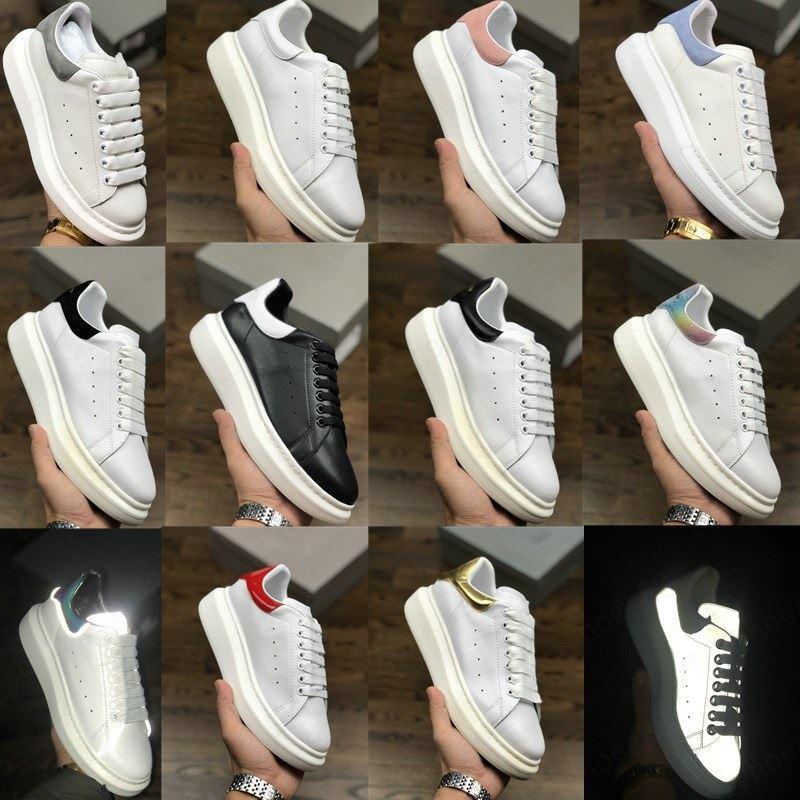2020 Hommes Femmes formateurs Plateforme en cuir blanc réfléchissant 3M Chaussures Femmes Hommes Flat Party Casual Chaussures de sport Chaussures de sport Suede mariage