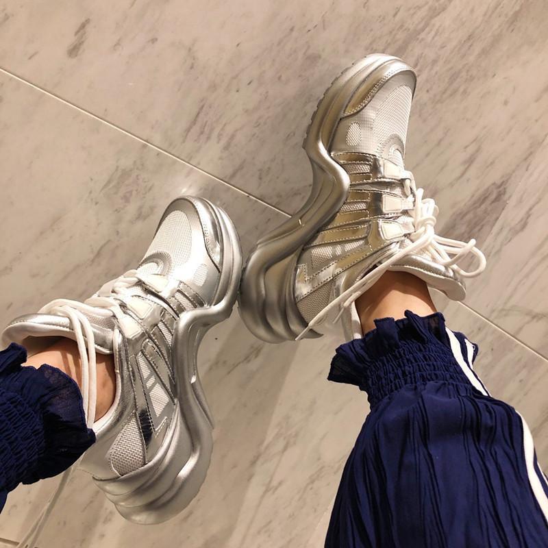 Abrir Designer Shoes Top Quality Branco Homens pares de couro real Designer Sneaker Luxo Melhor listra calçados casuais