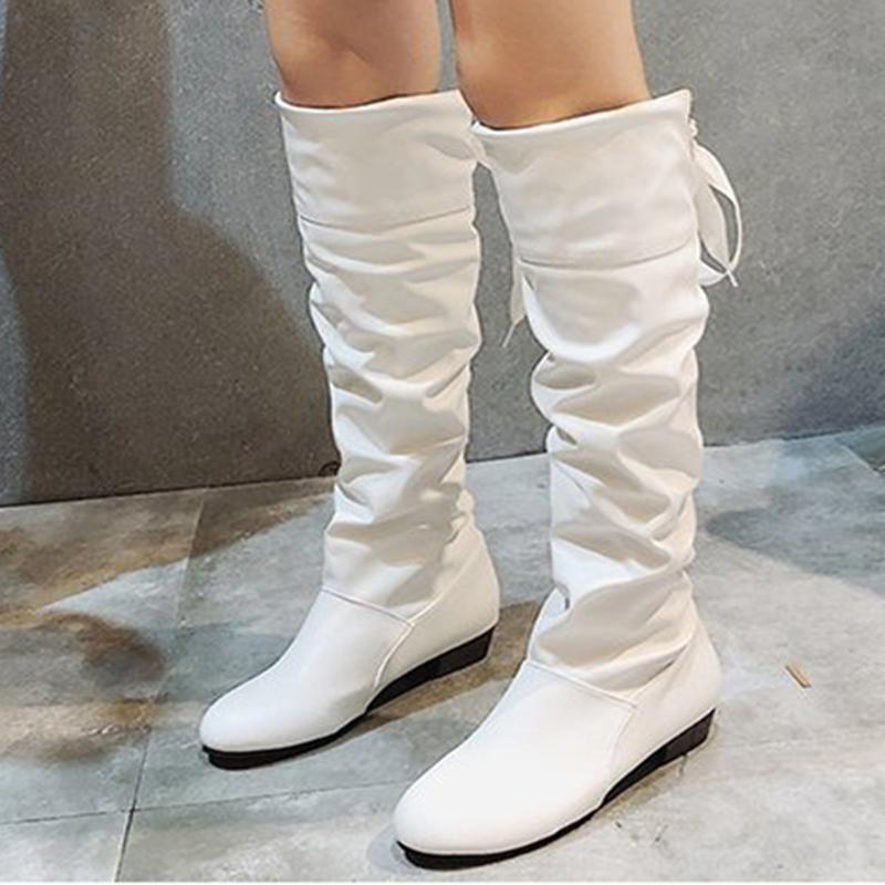 امرأة الركبة أحذية عالية الأحمر أسود أبيض طويل القامة أحذية امرأة مطوي منخفضة الكعب عارضة جلد Autunm الشتاء ذكر لونغ المرأة الحذاء