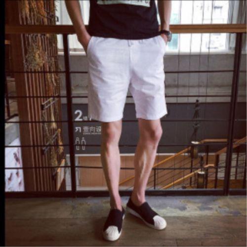 Los nuevos hombres del verano los deportes ocasionales de la playa de los cortocircuitos cinco sub pretina de los pantalones clásicos de EE.UU.