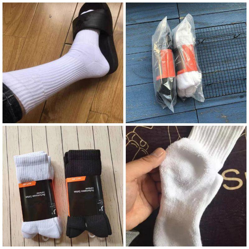 Les hommes épais chaussettes longues Crew Socks Cheerleader haut Chaussettes hautes Knee Qaulity Sport Noir Blanc Bas