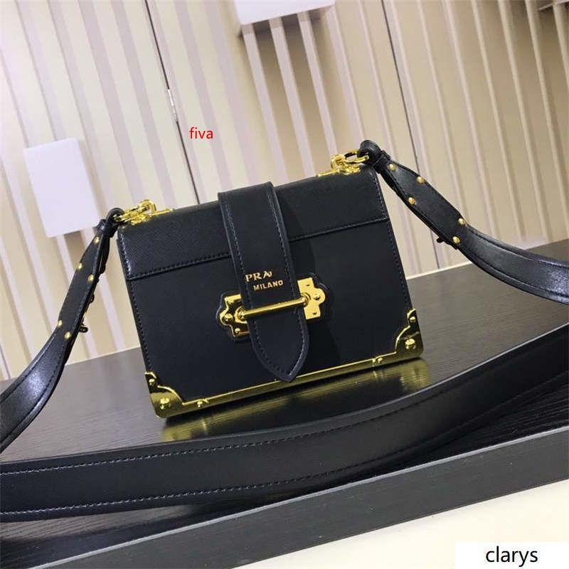 2020 bicolor cahier çanta 1BD045 V XCH 2BB0 Cahier Saffiano Deri Omuz Çantası Çanta Cüzdan Siyah Altın Boyutu: 20 * 14.5 * 8.5cm