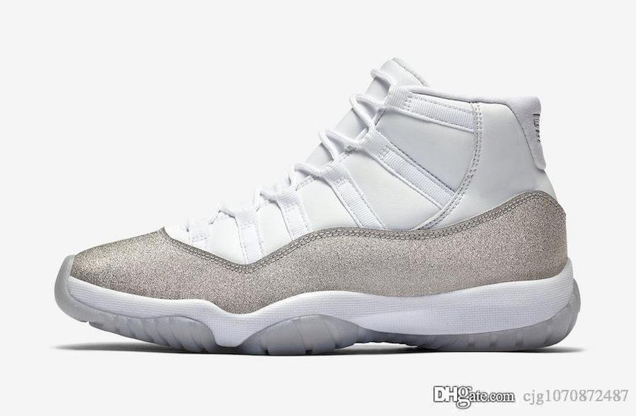 En Yeni Hava Otantik 11 WMNS Metalik Gümüş Gri Basketbol Ayakkabı Retro Erkekler Kadınlar 11S Spor Sneakers AR0715-100 ile Kutusu