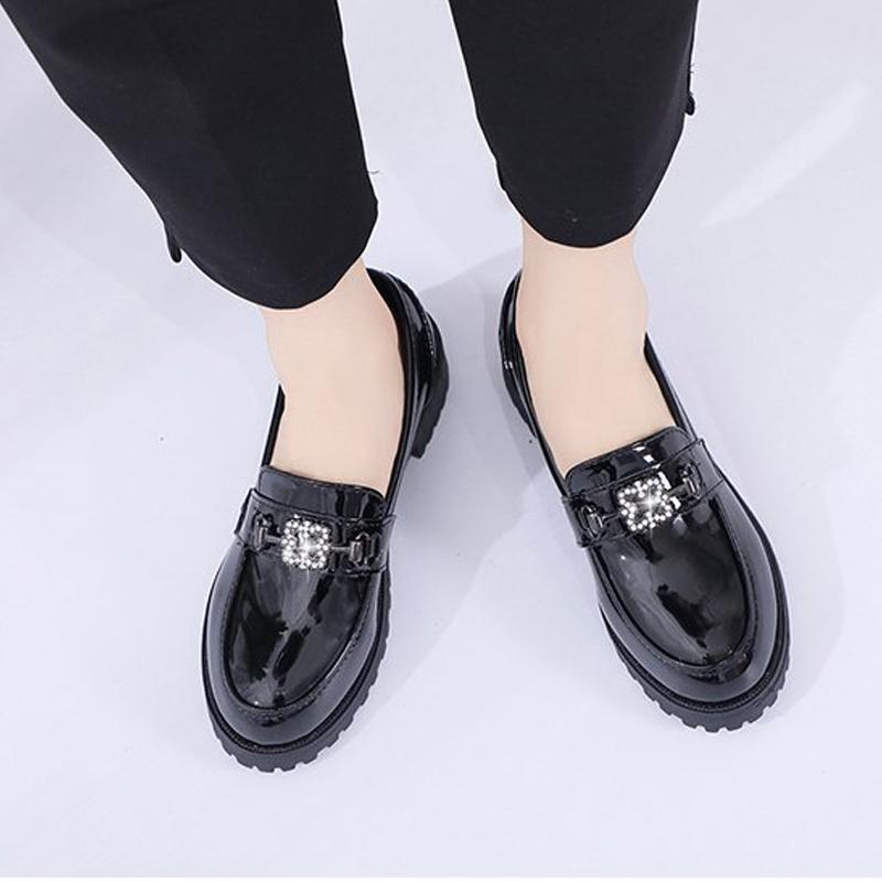 Kristal Ayakkabı Kadın Loafers Yeni Moda Sonbahar Günlük Ayakkabılar Bayanlar Yeni Kadın Patent Deri Düşük Topuklar Pompalar Dropshipping