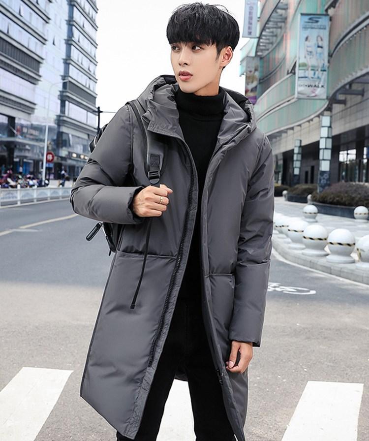 Die heiße Verkauf 2020 Herbst Winter neuer Designer Luxus Mensjacken Europa Amerika dicker warme Kapuze mittellange Daunenjacke der dünnen Männer Daunenmantel