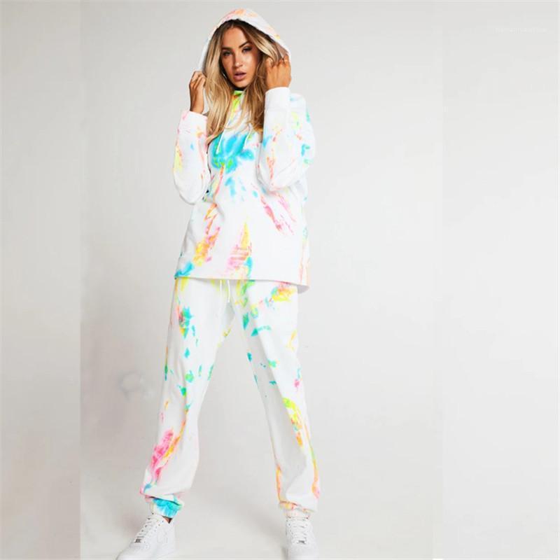 Treino Moda Cor branca com capuz Oversize 2 conjuntos de peças novas mulheres Outono Inverno Homewear tingido laço Mulheres