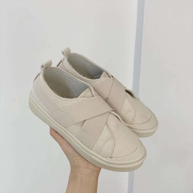 2020 été nouvelles chaussures de toile vulcanisée style montagne sauvage rétro femmes Hong Kong goût d'une pédale baskets paresseux