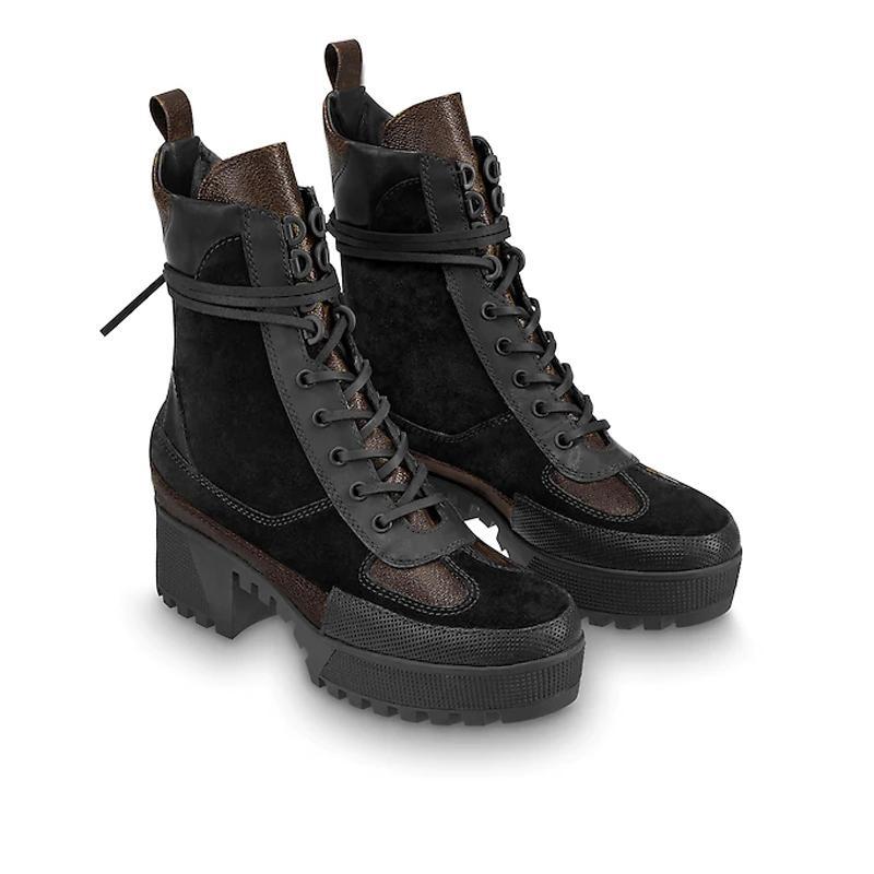 World Tour Desert Boot 2020 Новые женские дизайнерские сапоги на платформе ботинок космический корабль ботинки ботинки ботинки женщины фламинго, медаль женские сапоги Martin с коробкой