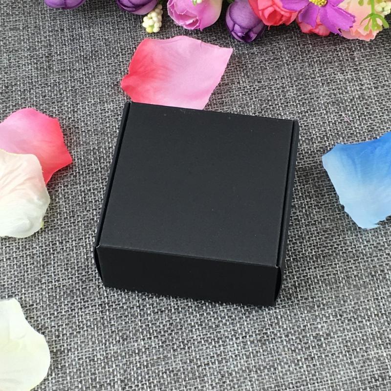 7.5 * 7.5 50pcs * 3cm cadeau Kraft Boîte Boîtes à bijoux paquet vide Carry Case affichage en carton accessoire Accepter logo personnalisé