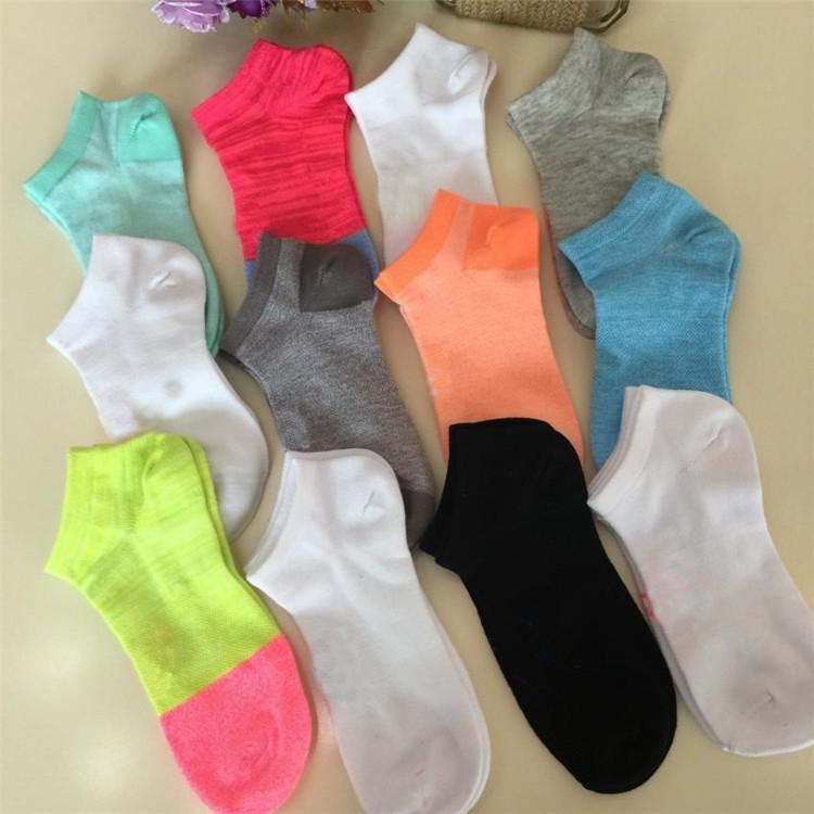 Cheerleaders Adulto Curto Meias Homens Mulheres de Futebol Meninos Meninas Tamanho Basketball fora ostenta Ankle Socks gratuito