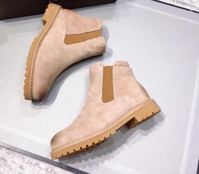 Горячая Продажа Рождества женщины новых теплый модных сапог стиль шерсть свинья Bage звезда же пункт РГД снегоступы британского стиль толстой подошва ботинок хлопок