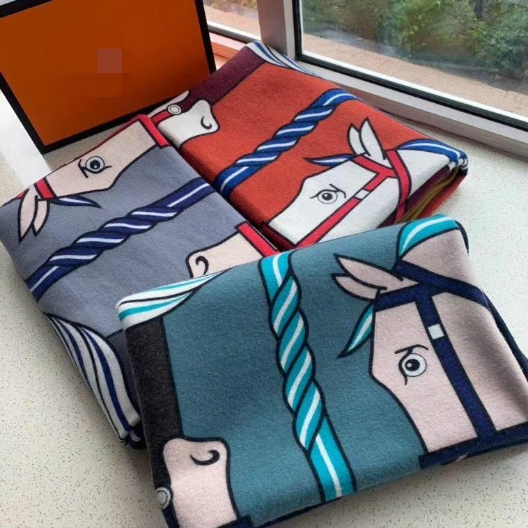 2020 NOVO !! Melhor Lã Quailty novo design e Cashmere H Blanket 125.180 centímetros têm etiquetas Blanket para camas Sofá da tela da manta Ar Condicionado Trave