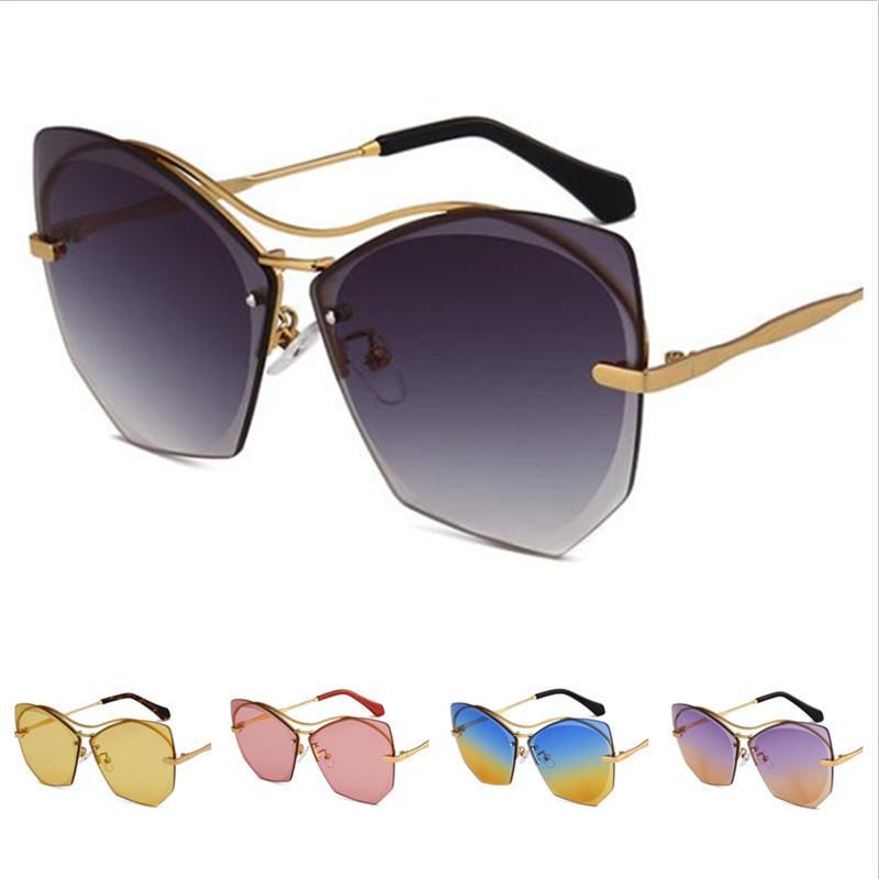 Mode lunettes de soleil lunettes lunettes de soleil lunettes lunettes de soleil surdimensionnée lunettes de lunettes de lunette de lunettes de lunette ornement ornement ornemental ornemental lentille anti-UV A EGNJ