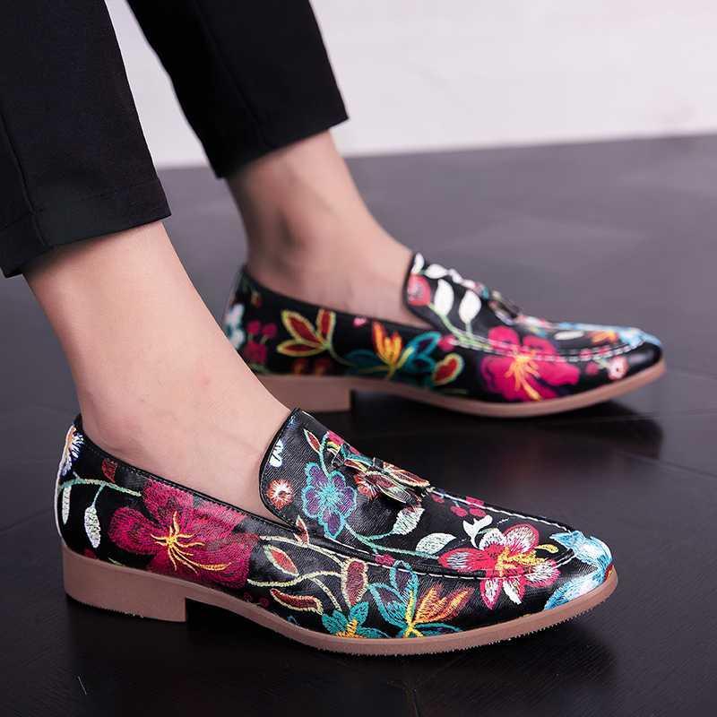 2020 Homens de luxo Designer de veludo bordado oxfords cobra cavalheiro sapatos vestido Homecoming Homem de baile Wedding Shoes zapatos hombre