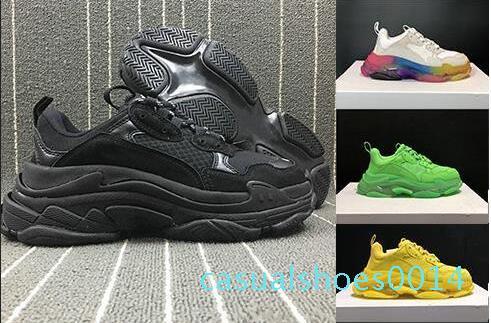 Pattini casuali della piattaforma Uomini Verde Triple S scarpe da ginnastica donne di cuoio dei pattini casuali Top Lace-Up pattini piani casuali rosso fondo Kanye chiaro C14