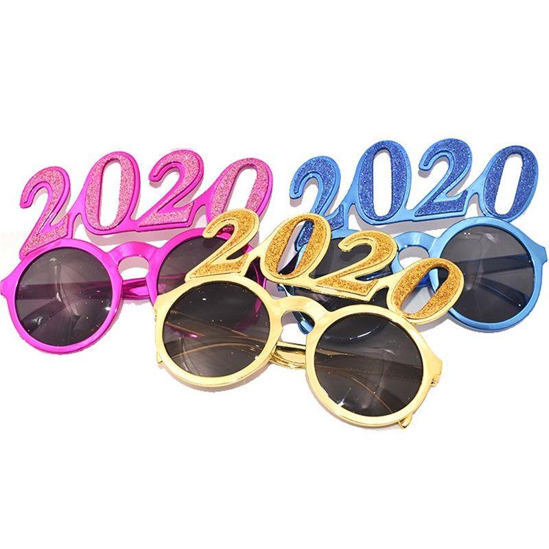 2020 Números apoyo de la foto vidrios de destello de polvo de plástico Año Nuevo Anteojos adultos de los invitaciones para anteojos Decoración de 4 colores 6SF E1