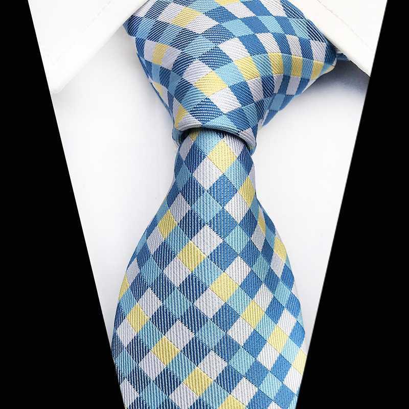 Brand New Gravata Yellow Blue Plaid di seta collo cravatta per gli uomini del legame di 8 centimetri Slim Wedding Cravatte partito Suit Mens cravatta Cravate Gifts