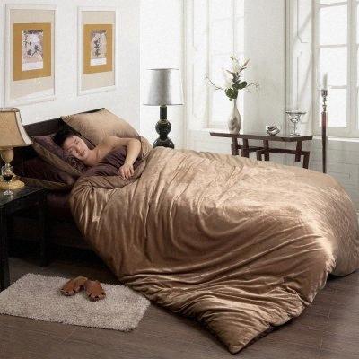 Vente en gros Flanelle Toison d'hiver épais Housse de couette Sets Coffee Queen King Size chaud Velvet Literie Literie Bedsheet / Linge de lit Wh HLTC #